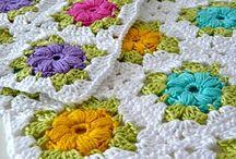 Crochet: Granny Squares / isoäidin neliöitä