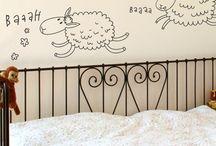 niños / by Vinilo Design CR