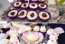 Purple-Themed Party / Toddler birthday party ideas: food, activities, games, decorations.