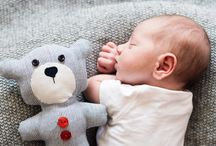 Baby Einschlaftipps und Rituale / Tipps und Ratschläge zum Einschlafen (Fingerspiele, Babymassage, Musik,...)! Damit eine ruhige Nacht sowie Durchschlafen zur Selbstverständlichkeit wird - für Babys, Kinder und Eltern!