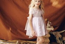 Best Flower Girl Dresses / The most beautiful flower girl dresses for your dream wedding.
