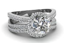 Wedding & Engagement Rings / Wedding and Engagement Rings and Jewellery from John McKay Jewellers Ayrshire