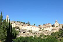 Minerve / Minerve classé comme l'un des plus beau village de France est la capitale historique du Minervois. Le village est en hauteur , autours coule deux rivières la Cesse et le Briant.