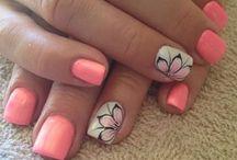 nails**