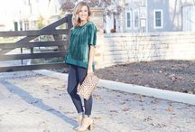 STYLE || Holiday Fashion / The best holiday fashion & style ideas from the fashion and lifestyle blog Two Peas in a Blog.