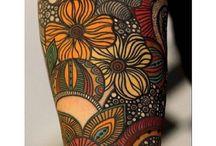 corps de femmes tatoués / Tattos / femmes / corps tatoués de femmes / De préférence colorés , peintre en couleurs on ne se refait pas  ! ^^  women's bodys with tatoos
