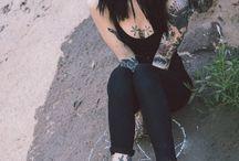 Hannah Pixie Snowdon / tattoo artist