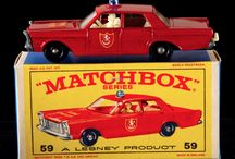 Old car toys. / http://ibuyoldtoys.com/all_american.html