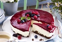 LOVE Berries & Cakes