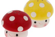 Cute Salt and Pepper Shakers / Adorable condiment dispensers!