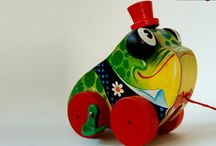 antique toys / by Rhonda Wannamaker
