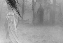Romantic Gothic / Gothic that evokes the antiquity of the old world and shades of the dark fairy tale