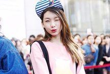 Korean Model / Korean Model