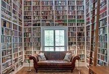 Bookshelf Porn / I love staring at bookshelves.