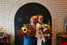 Çiçekçilik Eğitimleri / Çiçekçilik Eğitimleri'miz hakkında detaylı bilgi almak için: 0216 445 46 52 ya da info@cicekakademi.com...  Ya da gelin atölyeye, birer çay koyalım... Misss gibi çiçeklerin arasında hayallerimizden konuşalım.   Gerçekleştirdiğimiz atölyelerimizi instagram'da: çiçekakademi 'yi aratarak bulabilirsiniz. www.cicekakademi.com