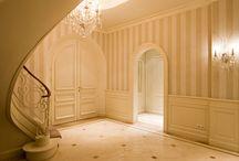Lefèvre Interiors entry hall design / Custom made design