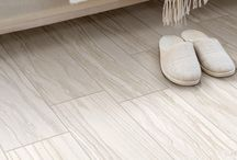 Artistic Vein / If you are seeking a clean, bright, West Coast look in your home, our Artistic Vein tile is the perfect product for you. This European porcelain tile features a gorgeous natural linear pattern throughout. This versatile stone tile can be used on either floors or walls. As with all products in the Venetian Reale collection, Artistic Vein is suitable for both indoor and outdoor use.
