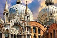 Catedrales, castillos, iglesias y  edificios que me impresionan / Edificios interesantes en su  estructura o en su historia.