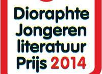 Dioraphte Jongerenliteratuurprijs 2014 / Tien titels maken kans om de Dioraphte Jongeren Literatuurprijs 2014 te winnen: vijf oorspronkelijk Nederlandstalige titels en vijf vertaalde titels. Als je tussen de 15 en 25 jaar bent, kun je vanaf 24 maart ook op je eigen favoriet stemmen. De prijsuitreiking vindt plaats op 23 april.  Stem: http://www.djp.nl/