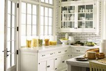 Kitchens / by Jennifer Warrick McCarthy