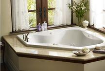 masterbedroom tub