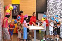 Dzieci z całego świata! / Zdjęcia uśmiechniętych, szczęśliwych dzieci, a także dziecięcych przyjęć oraz imprez z różnych zakątków świata.