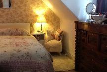 Cottage bedroom / Cottage bedroom