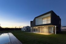 ARCH HOUSE / HOUSES
