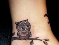 TATTOOS / by Tammie Allegro