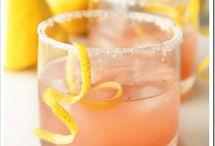 Cocktails & Beverages / by Eva Lagudi-Devereux