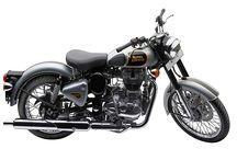 Royal Enfied Classic 500 / The adventure companion that beats as if it's your heart :  lively and healthy.