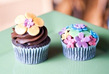 Gluten-Free Cupcakes! Need We Say More? / Photos of favorite cupcakes.