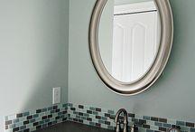 Bathroom / by Teia Yokeum