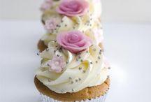 Cup cakes met rozen