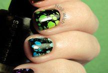 Nails I gotta try! / by Rachel Braithwaite