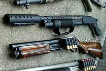 Fegyverek és töltények