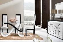 Collección de muebles / Imágenes de salones, dormitorios y otras fotos de interiores en la que aparezcan muebles o decoración