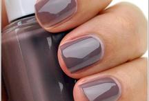 nails, nails, nails / by Ashley Mostek