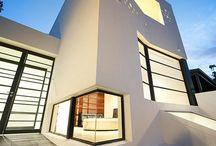 Budowle,  Architektura