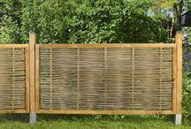 Gartenzäune aus Naturgeflecht / Unser Sichtschutz als Gartenzaun