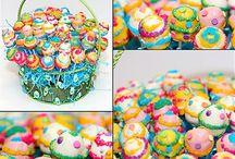 Cake Pops / by Lyndsay Bruns