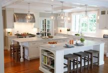 Linen White Paint, Beaded Inset, Georgetown #10 Door / Craft-Maid Kitchens Craft-Maid Handmade Cabinetry, located in Reading, PA, has introduced Linen White paint, shown with beaded inset and the Georgetown #10 door with a flat recessed panel.
