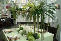 Wedding Reception Table Arrangements / Reception flowers will set the mood for your wedding. We can help you create the setting you want to portray at your wedding reception! Let our expert designers be there to make your wishes come true!