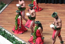 Hula / Images of Hula around Hawaii