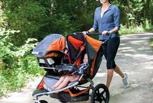 BOB Revolution Flex Duallie Stroller / The Revolution Flex presents itself as a solution to your parenting troubles. As a versatile jogging stroller, manufactured by BOB, it features a high strength, aluminum alloy frame. This is an update of the previous Revolution SE.
