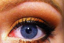 Eyes / by Erin Egoroff