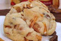 Coooookies! / All about cookies! / by Katie Miller