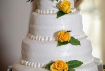 Cakes / by Sara Vega