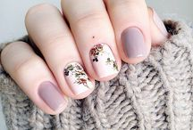 Pretty Floral Manis To Try / by Candy Magazine