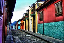 TOUR TA - Colombia / Colombia, calore e colore Un paese caldo e accogliente, ricco di colori e di città variopinte, dove ogni occasione è buona per fare festa ed esibirsi in ritmi sensuali e appassionati. Scopri il nostro tour e lasciati ispirare...